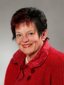 Doris Warbinek, Stellvertreterin